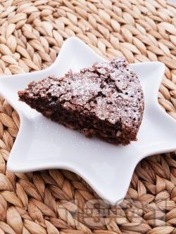 Шоколадов сладкиш с фъстъци - снимка на рецептата